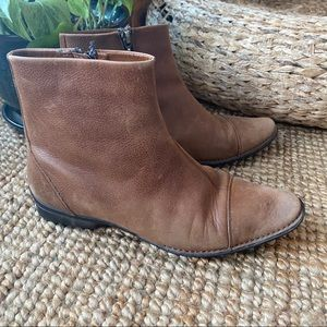 Rockport   cognac leather ankle boots be